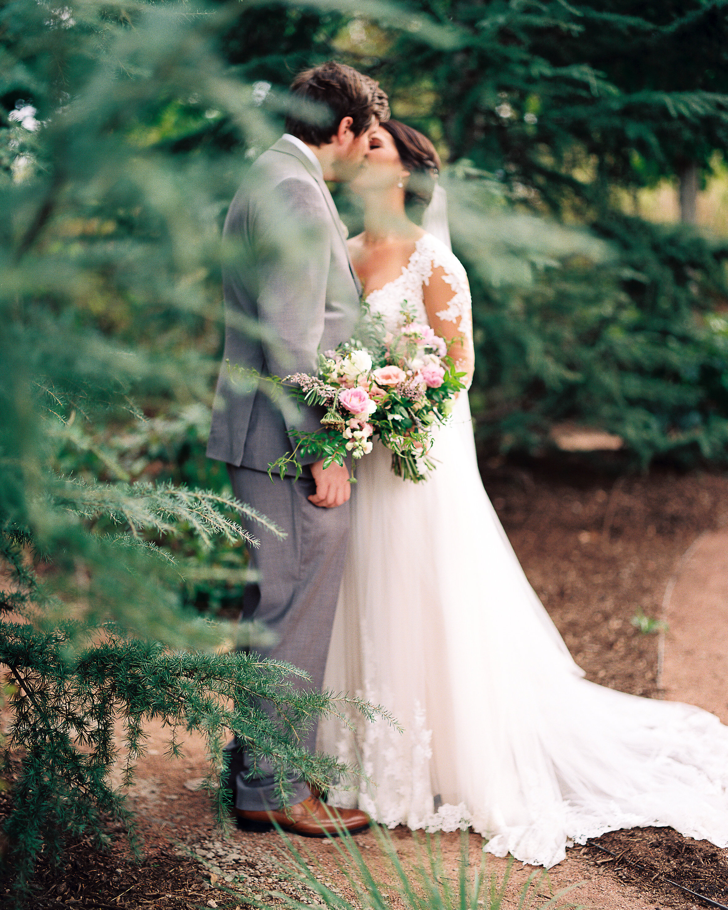 ratcliff_wedding-1050 Emily & Marcus: A Cozy Nashville Wedding Blog Invision Events Weddings    invision_events, birmingham_al, auburn_al, alabama, atlanta_ga, atl, georgia, wedding_planner, wedding_designer, weddings, photography, wedding_planning