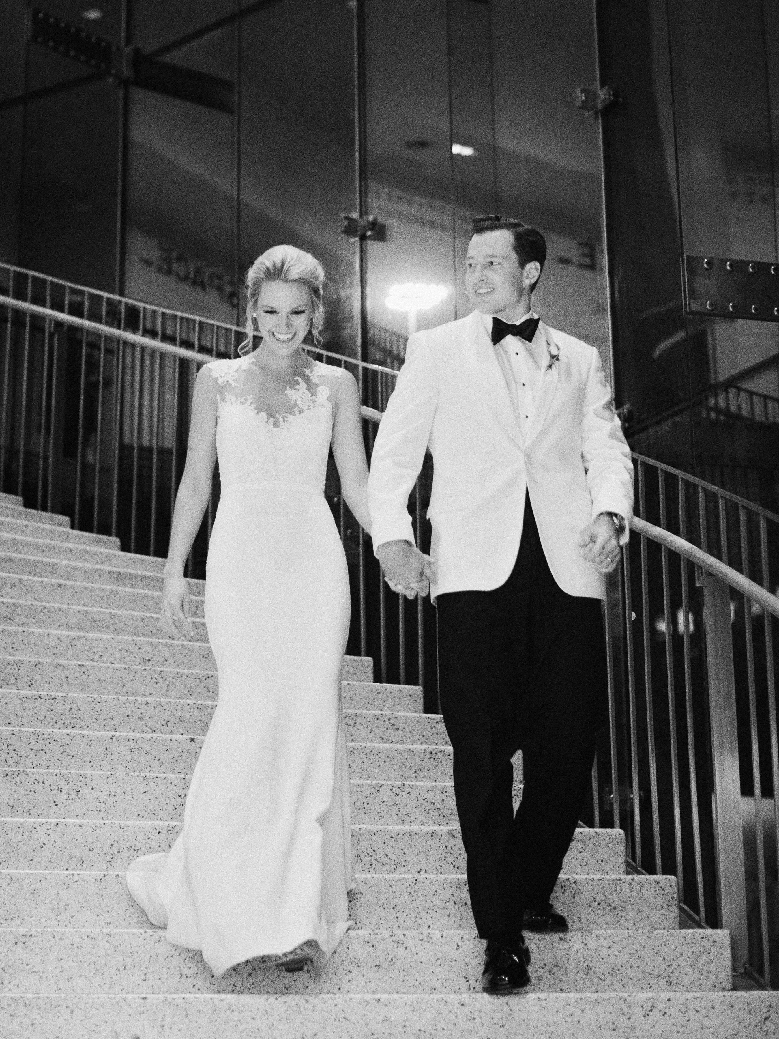 0454 Anna & John: A Clean and Modern Wedding at the Birmingham Museum of Art Uncategorized    invision_events, birmingham_al, auburn_al, alabama, atlanta_ga, atl, georgia, wedding_planner, wedding_designer, weddings, photography, wedding_planning