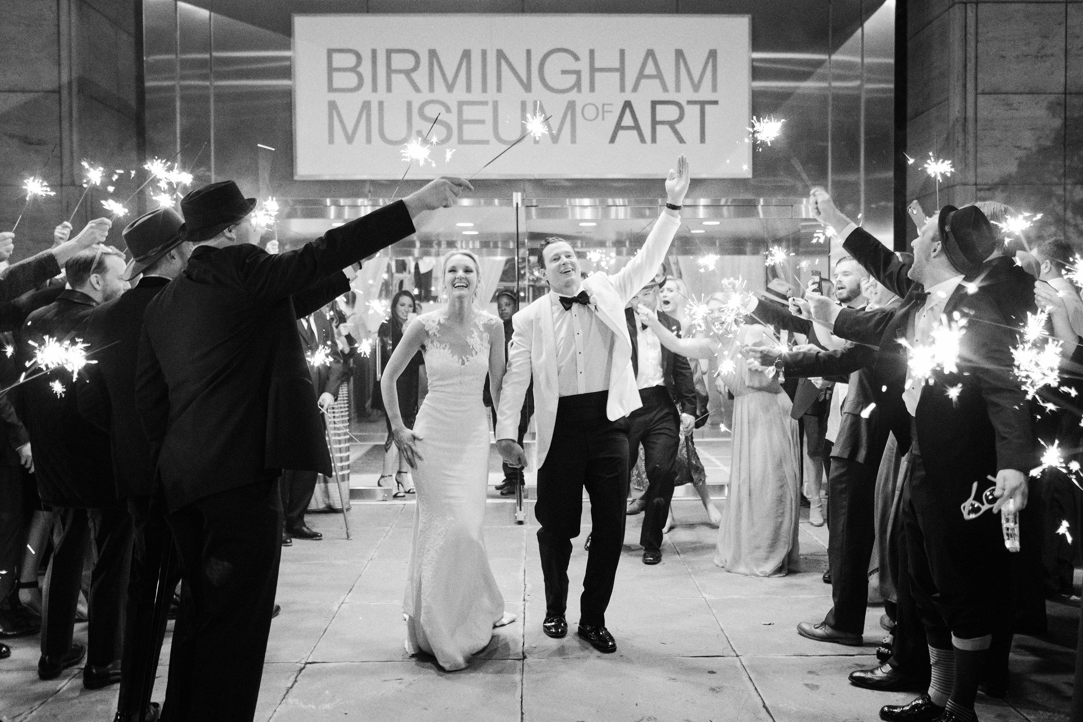 0614 Anna & John: A Clean and Modern Wedding at the Birmingham Museum of Art Uncategorized    invision_events, birmingham_al, auburn_al, alabama, atlanta_ga, atl, georgia, wedding_planner, wedding_designer, weddings, photography, wedding_planning